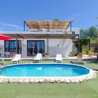Vallcanera Villa Sleeps 8 Pool WiFi