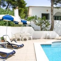Cala Llonga Villa Sleeps 9 Pool Air Con WiFi