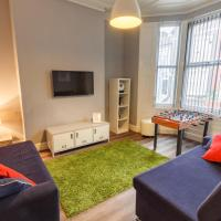 Castlewood 5 Bed Townhouse for Groups Near Centre and Anfield Sleeps 16