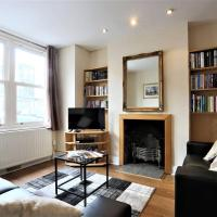 Large Victorian 3 Bed, in the perfect location!