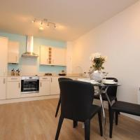 Hatfield Town Centre Apartment
