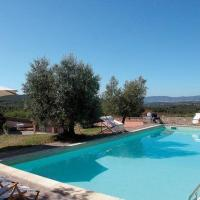Montegabbione Apartment Sleeps 11