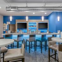 Clarion Inn & Suites DFW North