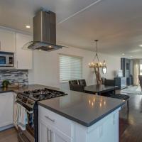 Bird Paradise: Serene Bayview Home in East Alameda Home