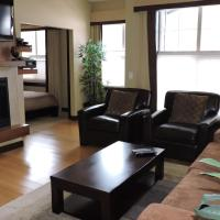 Luxurious 2 Bedroom with Spa, Steam Room & Hot Tub