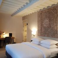 Hotel Grand Canal: Delft şehrinde bir otel
