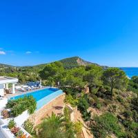 Es Cubells Villa Sleeps 8 Pool Air Con WiFi
