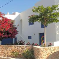 Cala Vadella Villa Sleeps 7 Pool Air Con WiFi
