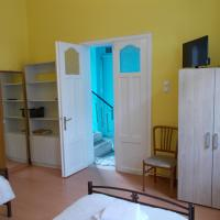 The Acropolis Traditional Apartment