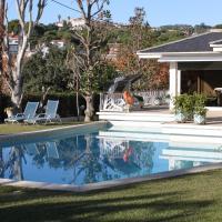 Apartamentos en lujosa Torre con piscina