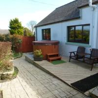 Cosy 1 Bed Cottage with Hot Tub