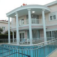 Villa Aslam, Kadriye Mahallesi 236 Sokak No: 1-4 Tolerance Golf Sitesi C-1 Blok, Serik, Antalya
