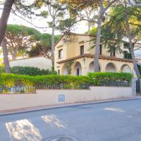 Llafranc Villa Sleeps 9
