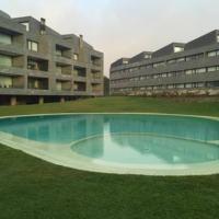 Apartamento Condominio dos Mudos/piscina/wifi/50 metros praia