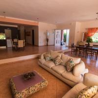 Iseris Luxury Apartments