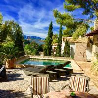Charming villa 2 pools