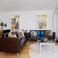 Modern rooms in central London