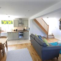 4a Dolphin Close, hotel in Lyme Regis