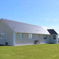 Tranquil Sands Holiday Home, hotel in Paible