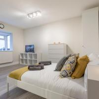 The Studio @ Heathrow (Free Parking)