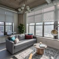 Spacious Apartments at McCormick Place by Cloud9