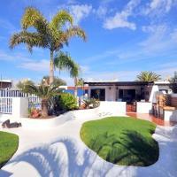 Villa CHAO private heated pool, garden, wifi, A/C