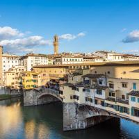 Apartments Florence - Elegant Arno View