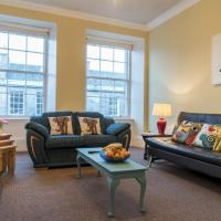 Stylish & Central! Stunning Old Town Flat
