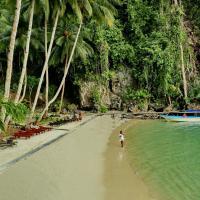 Mayalibit Bay Cotagge
