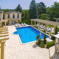 Luxury-Villas