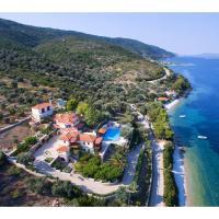 Beach villa 5 steps away from the sea
