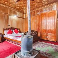 OYO 24526 Zojila Heritage Houseboats