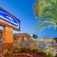 Howard Johnson by Wyndham Historic Lake Charles
