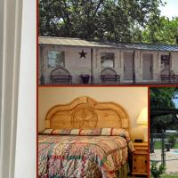 Country Inn & Cottages Motel
