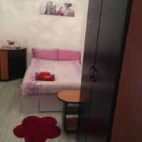 Small Studio2