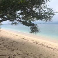 Biru Meno Beach Bungalows