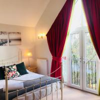 StayDeer Apartments- 2 bedroom Luxury Apartment with garden