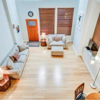 Full loft apartment near Omni Hotel