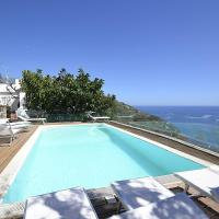 Sirenuse Villa Sleeps 14 Pool Air Con WiFi