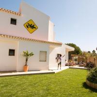 Algarve Surf Hostel - Sagres