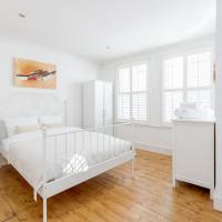 3 bedroom Apartment in Fulham