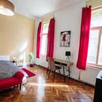 Xenopol Apartment