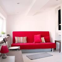 Central Located Studio Aircondition Wifi near Old Town 1
