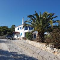 Villa with stunning sea views