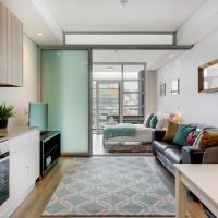 Stylish Central Apartment near Table Mountain