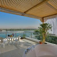 Penthouse overlooking the River Nile with rooftop jacuzzi
