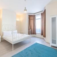 4 Bedroom House, TOOTING - SK