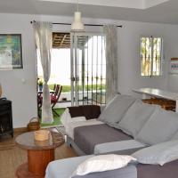 """Casa """"La Breña"""". Surf,sol y relax."""