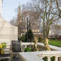 St George's Square IX by Onefinestay
