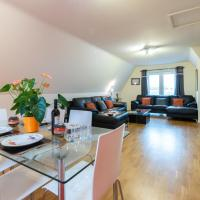 Huge Luxury Penthouse Apartment with King Bed - St Ives, Cambridgeshire NOT Cornwall